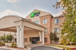 Отель Holiday Inn Express Hotel & Suites Kinston