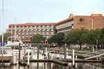 Отель DoubleTree by Hilton New Bern - Riverfront