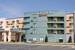 Отель Courtyard Statesville Mooresville Lake Norman