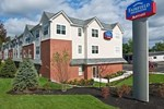 Отель Fairfield Inn and Suites by Marriott Portsmouth Exeter