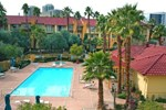 La Quinta Inn & Suites Las Vegas Airport North Convention Center