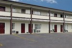 Отель Red Carpet Inn and Suites Cooperstown