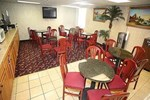 Отель Howard Johnson Inn Suffern