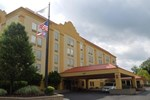 Отель La Quinta Inn Cleveland Airport West