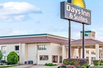 Отель Days Inn and Suites Oklahoma City