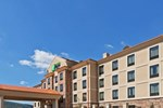 Отель Holiday Inn Express & Suites Poteau