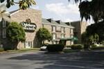Oglethorpe Inn & Suites