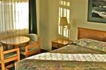 Отель Azalea Lodge