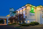 Отель Holiday Inn Express Langhorne - Oxford Valley