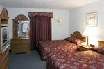 Отель Econo Lodge Inn & Suites White Haven