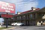 Отель Red Carpet Inn - Pin Oak Motel