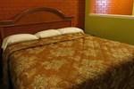 Отель Tropicana Motel Bastrop
