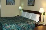 Отель Parkway Inn Channelview