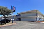 Отель Motel 6 Corpus Christi East - N. Padre Island