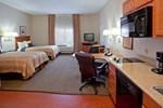 Отель Candlewood Suites Lake Jackson