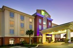 Holiday Inn Express Uvalde