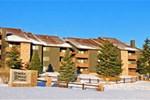 Апартаменты Powderwood Ski Condo