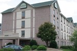 Savannah Suites Hampton