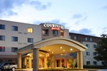 Отель Courtyard Potomac Mills Woodbridge