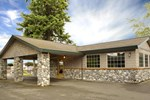 Poulsbo Inn & Suites