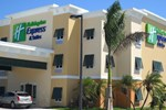 Отель Holiday Inn Express & Suites Marathon