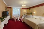 Отель Hotel Ostrov