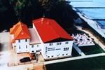 Отель Hotel Nienhäger Strand