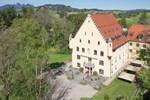 Отель Schloss zu Hopferau