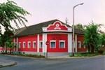 Vörössipka Hotel
