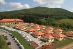 Отель Szalajka Liget Hotel és Apartmanházak