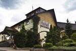 Отель Hotel Niedźwiadek