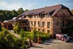 Отель Hotel Trylogia