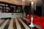 Отель Black & White