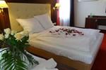 Отель Hotel Pikul