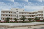 Отель Bahia de San Antonio