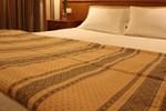 Отель Hotel dos Loios