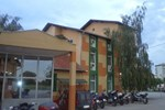 Отель Gros Hotel - Leskovac