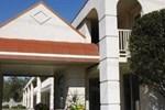 Отель Comfort Inn Maingate