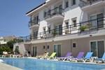 Отель Hotel Edina Cunda
