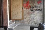 Hostel La Sin Ventura