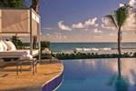 Отель La Concha Renaissance San Juan Resort