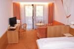 Отель Hotel Erzherzog Johann