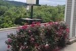 Отель Rosebud Inn
