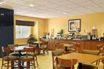 Отель Microtel Inn & Suites by Wyndham Columbia