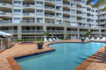 Апартаменты Kirra Beach Apartments