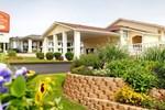 Отель Whispering Hills Inn