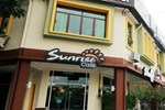 Отель Sunflower Hotel Malacca