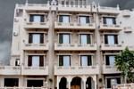 Отель Nahargarh Haveli
