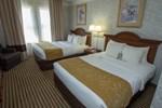 Отель Comfort Suites Visalia
