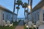 Shoreline All Suites Inn & Cabana Colony Cottages